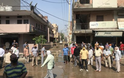 Sector 10 residents protesting against bad road condition